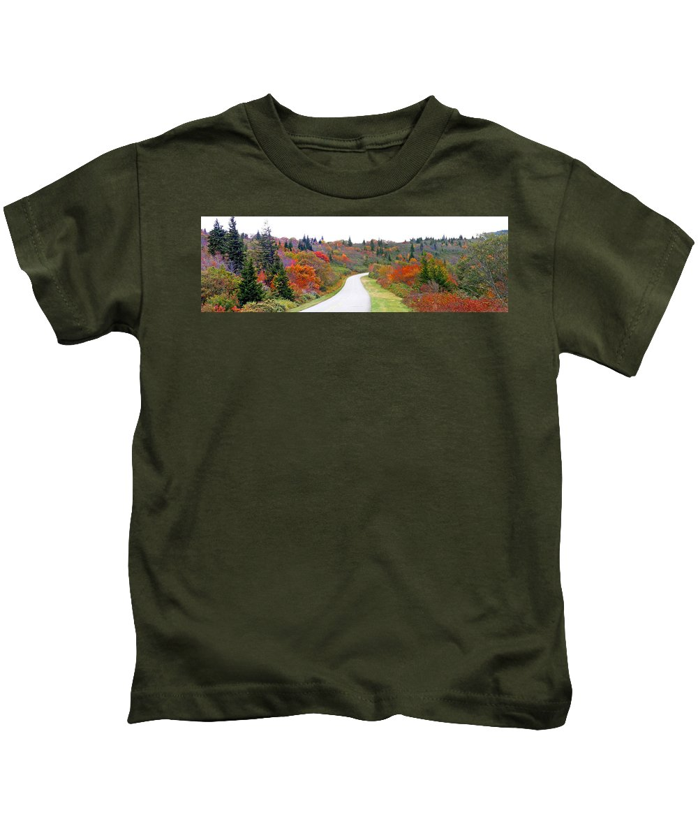 Landscapes Kids T-Shirt featuring the photograph Candy Land On The Blueridge Parkway by Duane McCullough