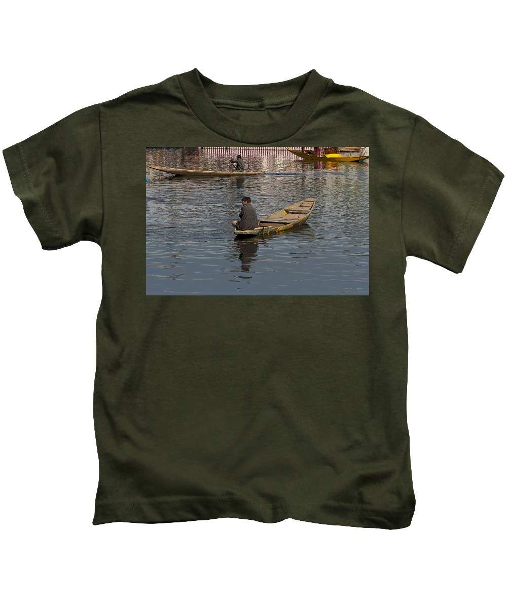Beautiful Scene Kids T-Shirt featuring the digital art Cartoon - Kashmiri Men Rowing Many Small Wooden Boats In The Waters Of The Dal Lake by Ashish Agarwal