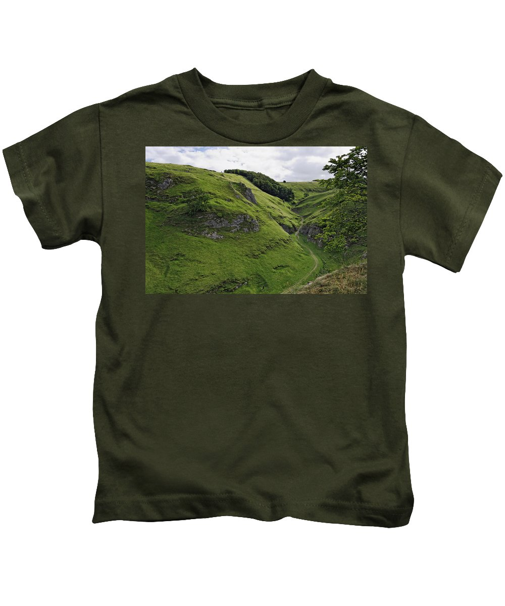 Britain Kids T-Shirt featuring the photograph Cave Dale From Peveril Castle by Rod Johnson