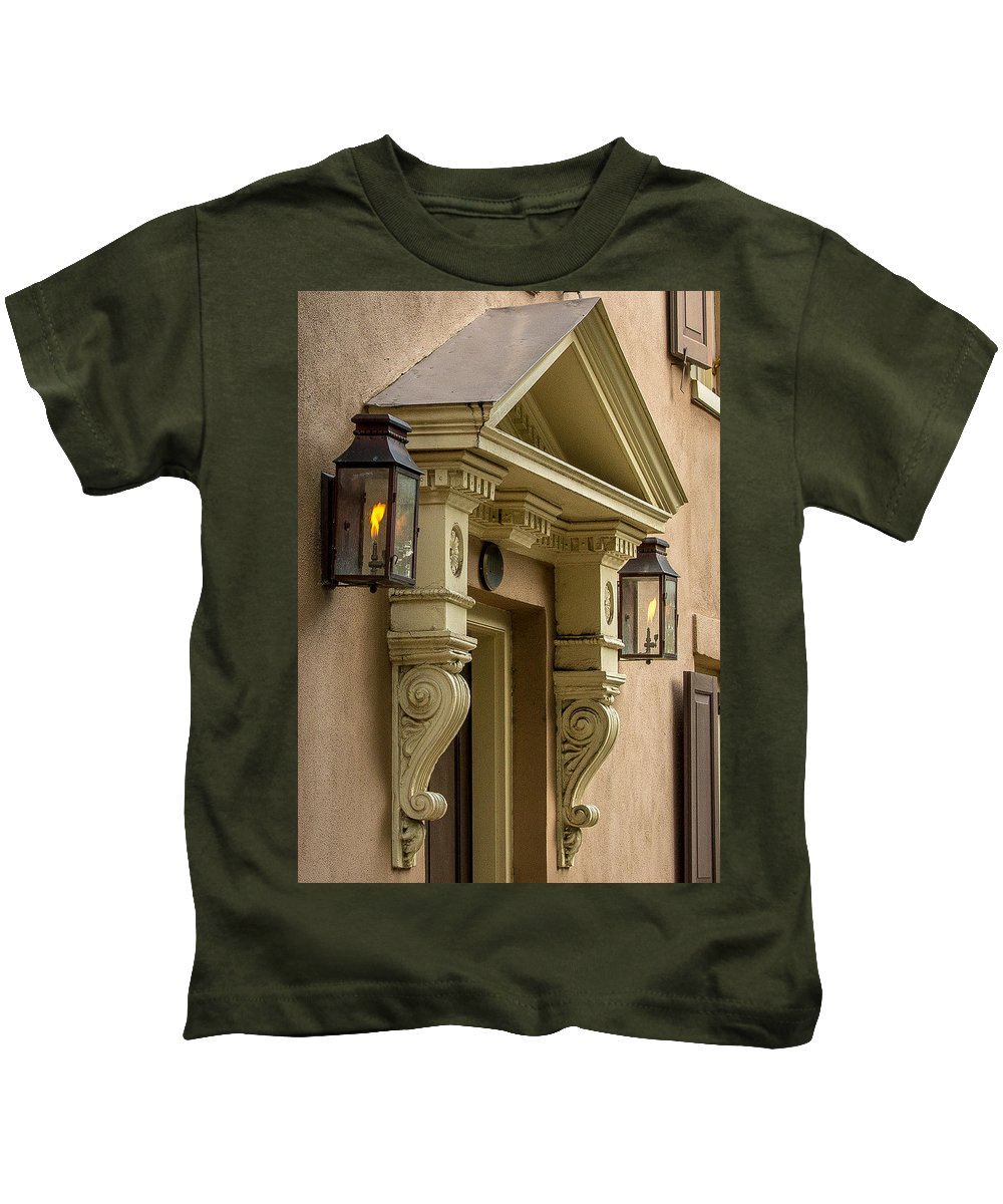 Charleston Kids T-Shirt featuring the photograph Charleston 4 by Ken Kobe