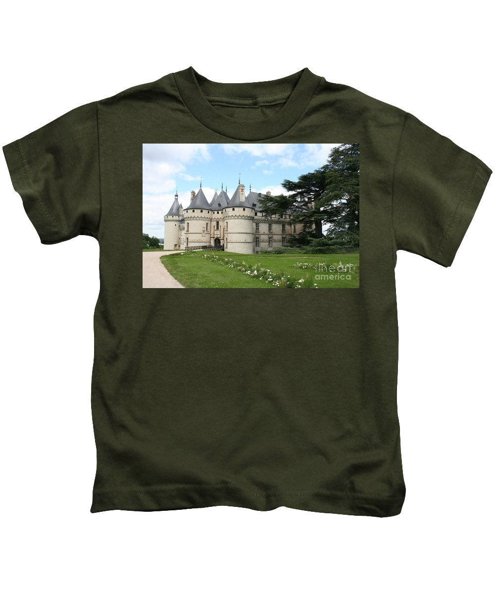 Palace Kids T-Shirt featuring the photograph Chateau Chaumont From The Garden by Christiane Schulze Art And Photography