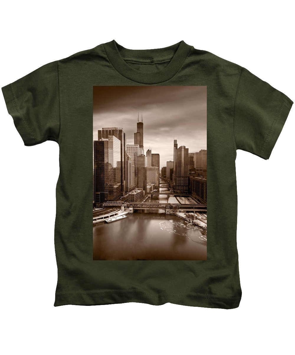 Train Kids T-Shirt featuring the photograph Chicago City View Afternoon B And W by Steve Gadomski