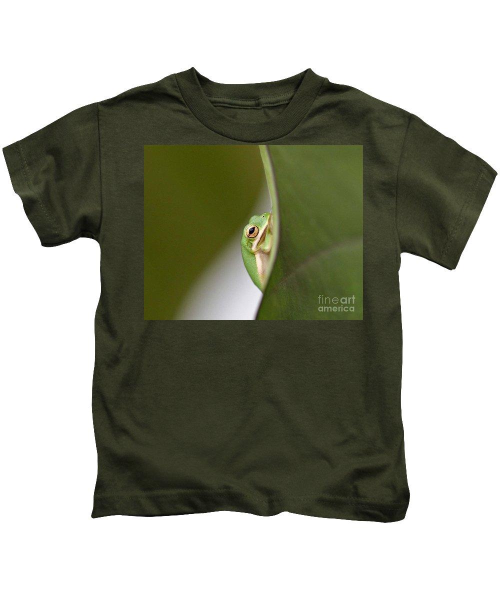 Nature Kids T-Shirt featuring the photograph Chillin by Scott Pellegrin