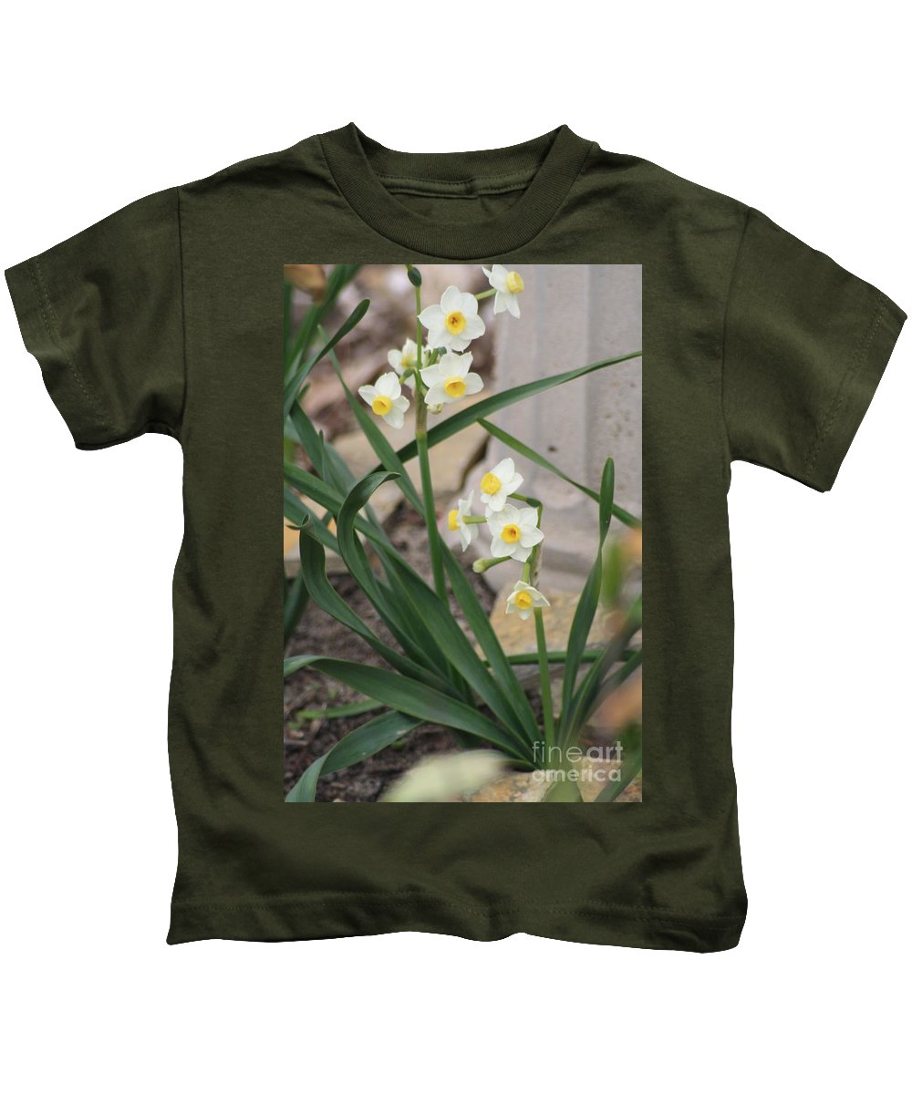 Narcissus Kids T-Shirt featuring the photograph Chinese Sacred Lily by John W Smith III
