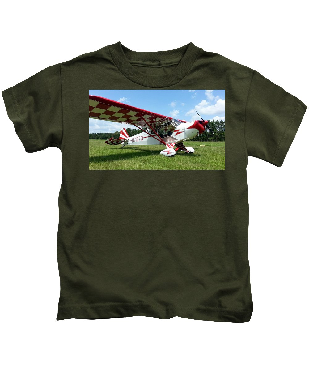 Piper J-3 Cub Kids T-Shirt featuring the photograph Clipped Wing Cub by Matt Abrams