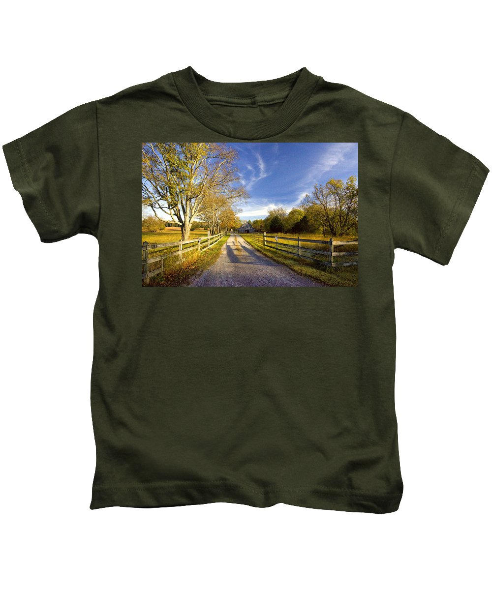 Tennessee Kids T-Shirt featuring the photograph Country Road by Diana Powell