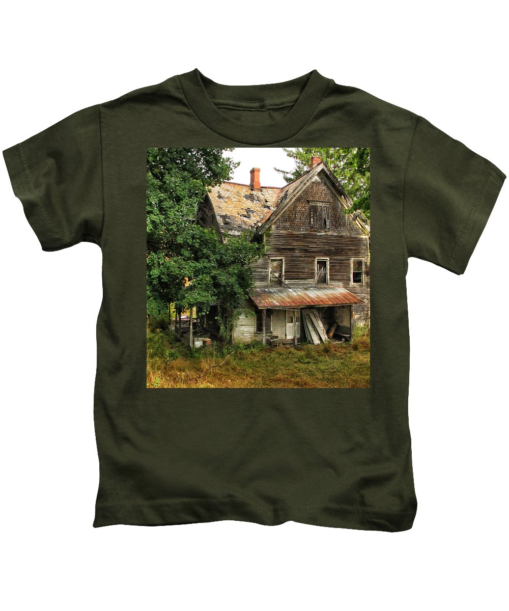 Home Kids T-Shirt featuring the photograph Deserted Along Time Ago by Dave Mills