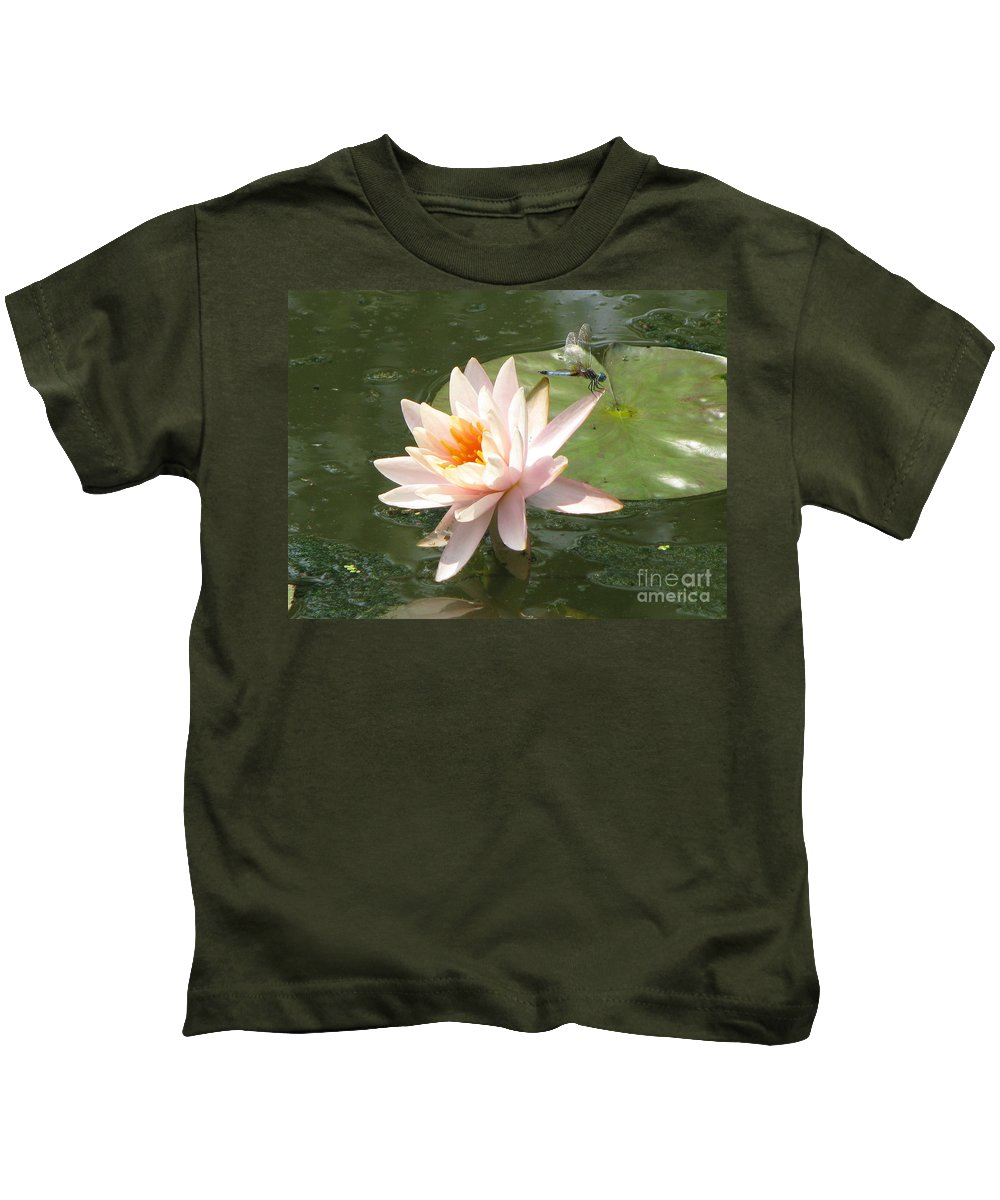 Dragon Fly Kids T-Shirt featuring the photograph Dragonfly Landing by Amanda Barcon