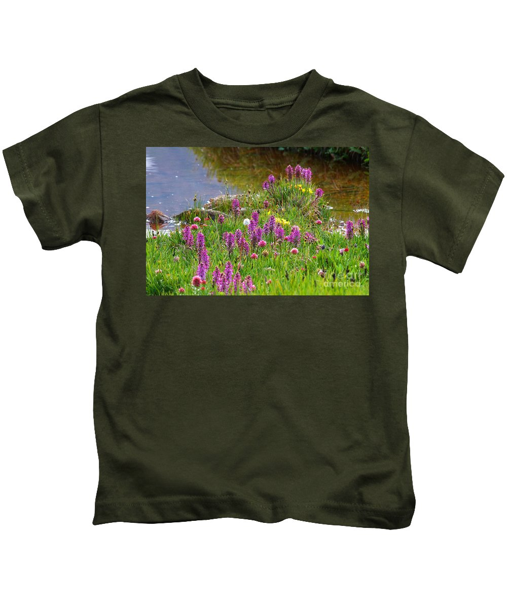 Wild Flowers Kids T-Shirt featuring the photograph Fleeting Wonder by Jim Garrison