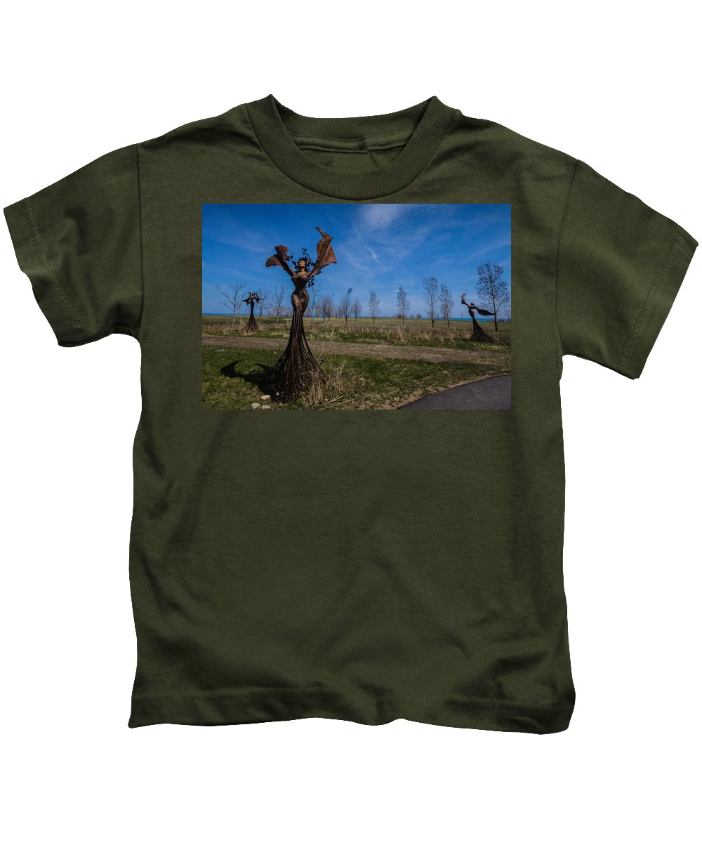Kids T-Shirt featuring the photograph Girls by Sue Conwell