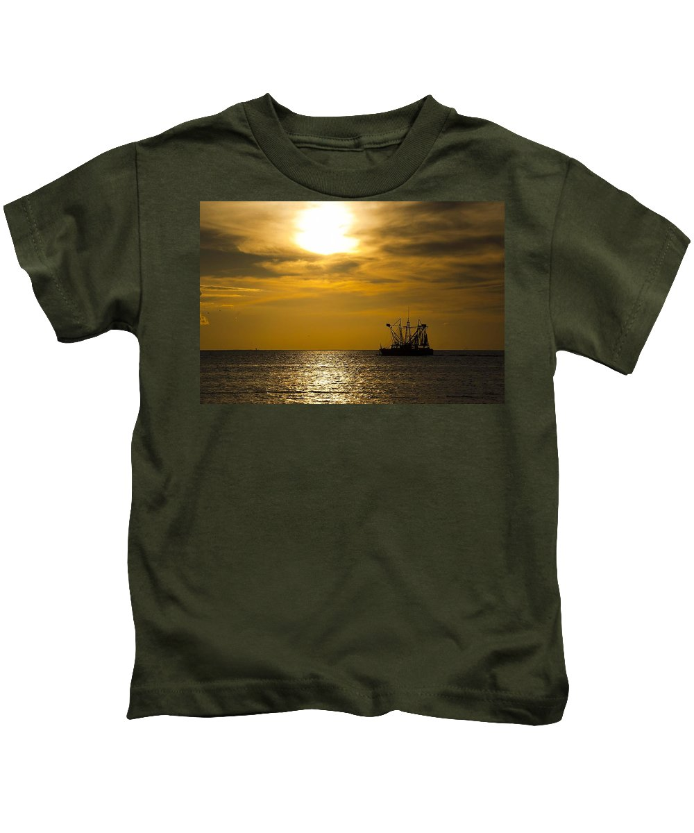 Alabama Kids T-Shirt featuring the digital art Golden Shrimpers by Michael Thomas