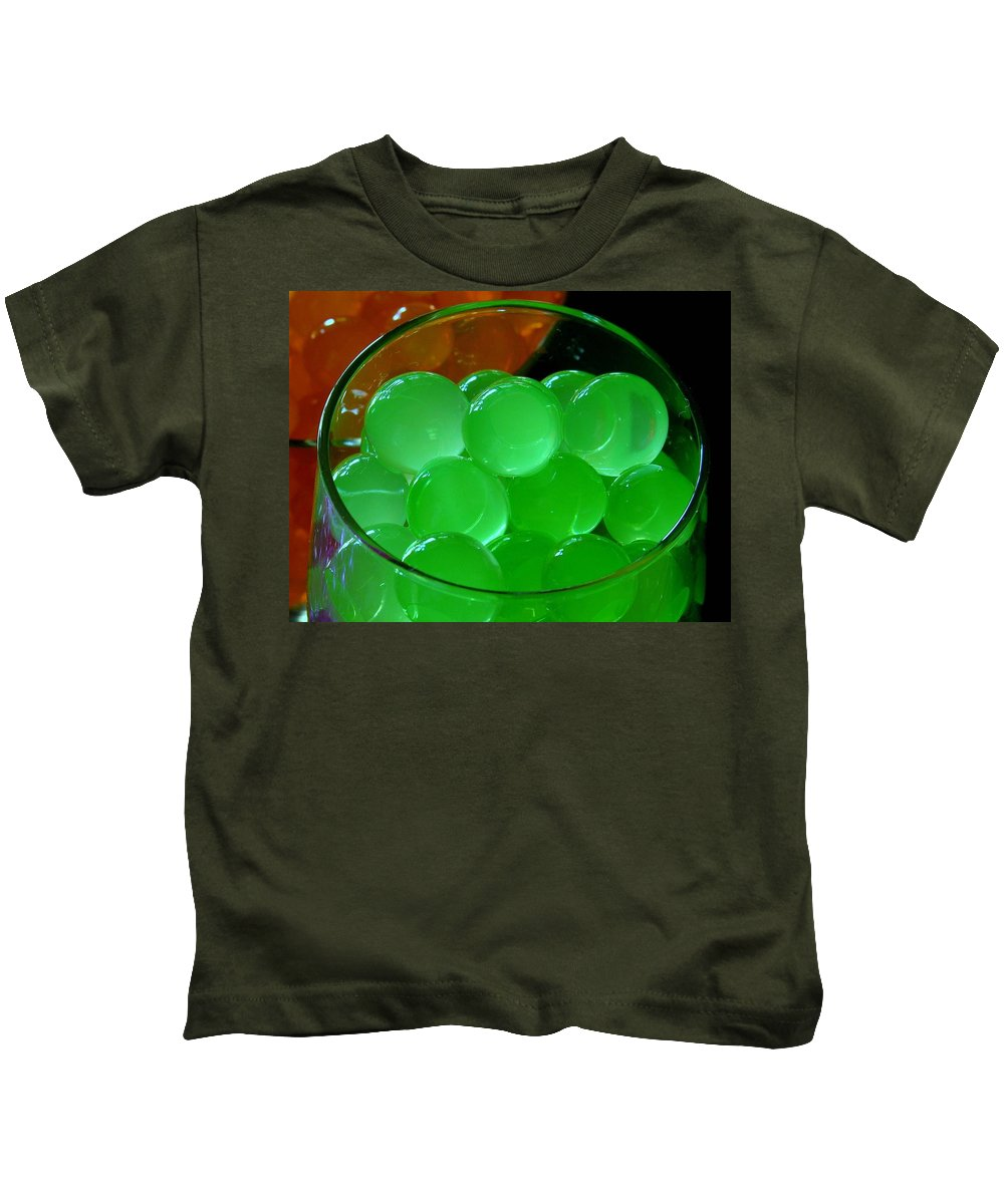 Polymer Gel Kids T-Shirt featuring the photograph Grapes by Ru Tover