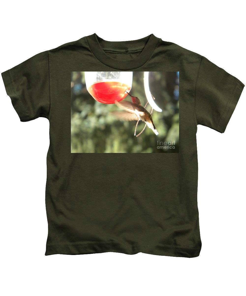 Hummingbird Kids T-Shirt featuring the photograph Hummingbird 1 by Nathanael Smith