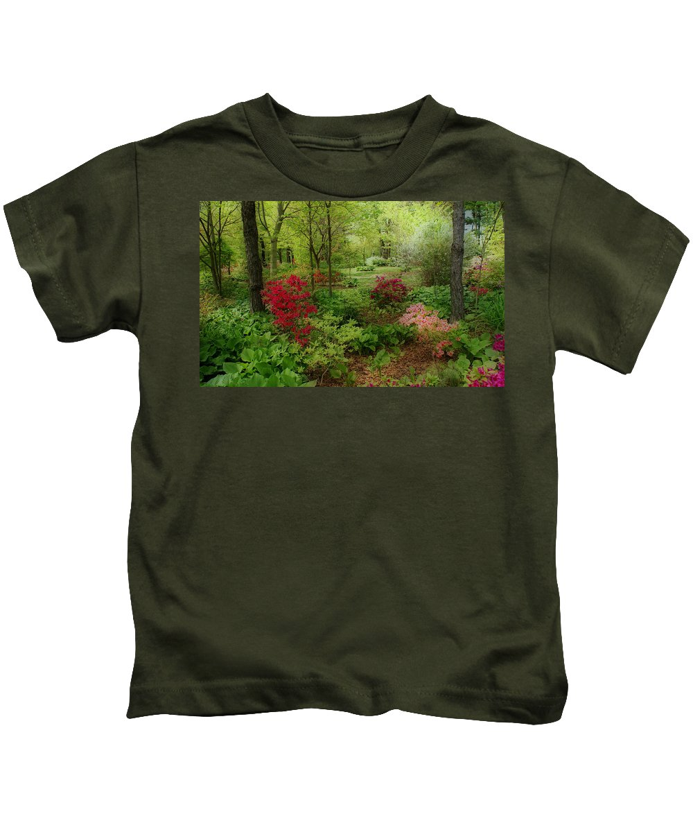 Gardens Kids T-Shirt featuring the photograph In My Dreams by Sandy Keeton