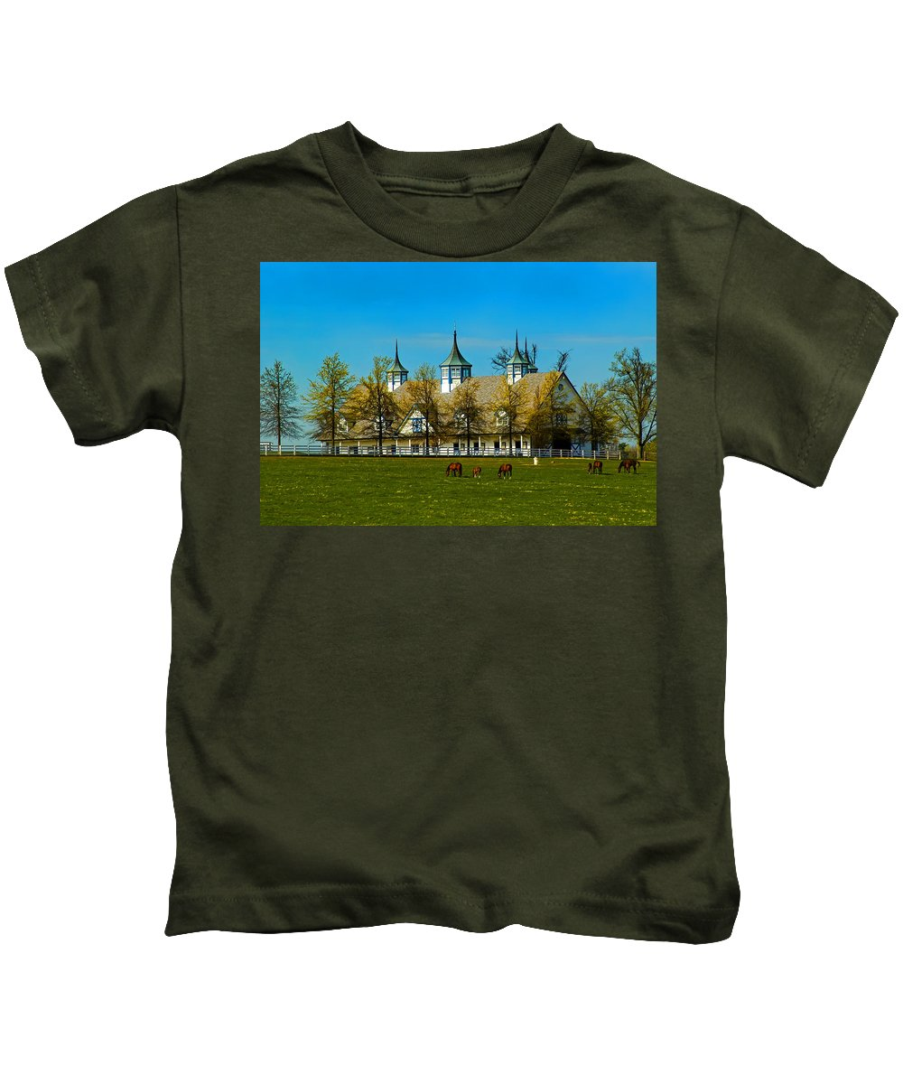 Kentucky Horse Barn Kids T-Shirt featuring the photograph Kentucky Horse Barn Hotel by Randall Branham