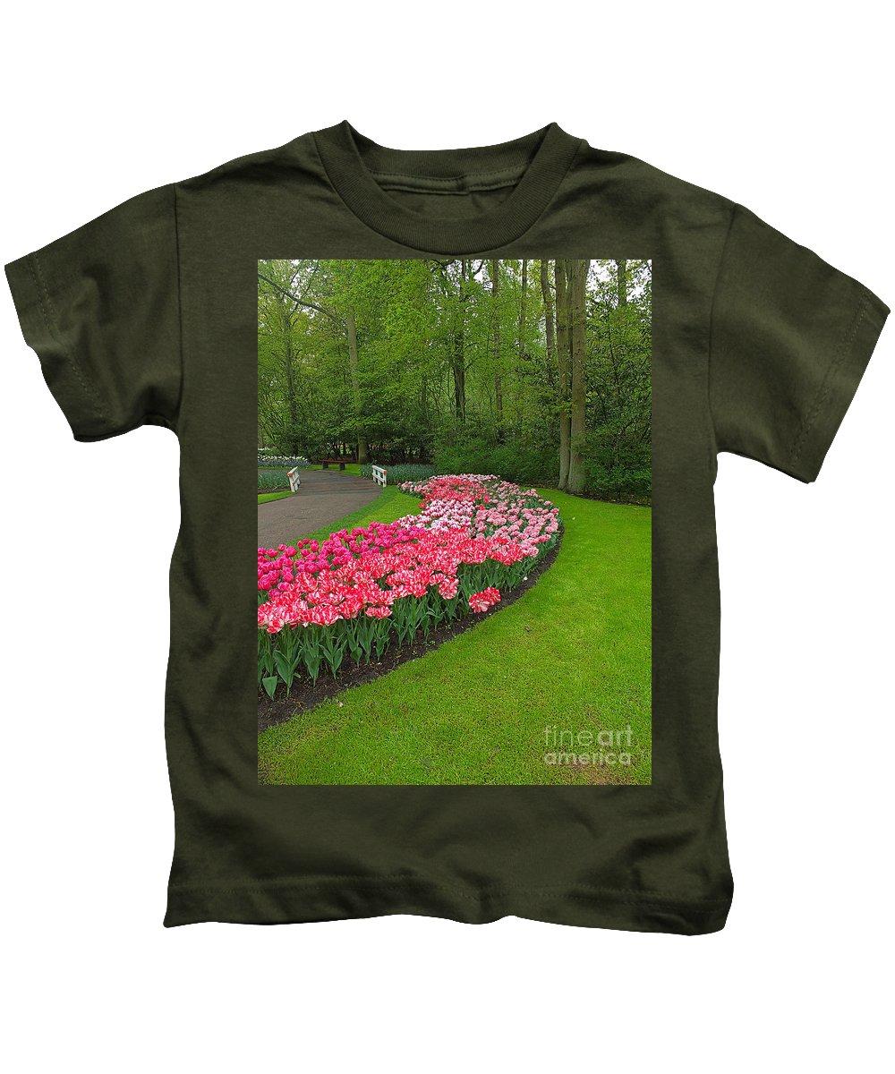 Keukenhof Gardens Kids T-Shirt featuring the photograph Keukenhof Gardens 51 by Mike Nellums
