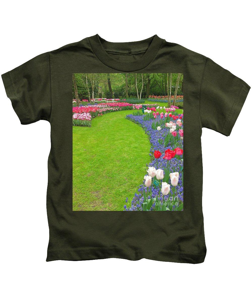Keukenhof Gardens Kids T-Shirt featuring the photograph Keukenhof Gardens 54 by Mike Nellums