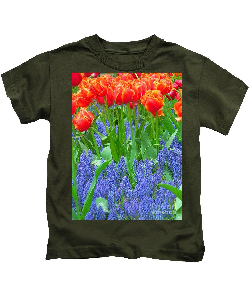Keukenhof Gardens Kids T-Shirt featuring the photograph Keukenhof Gardens 6 by Mike Nellums