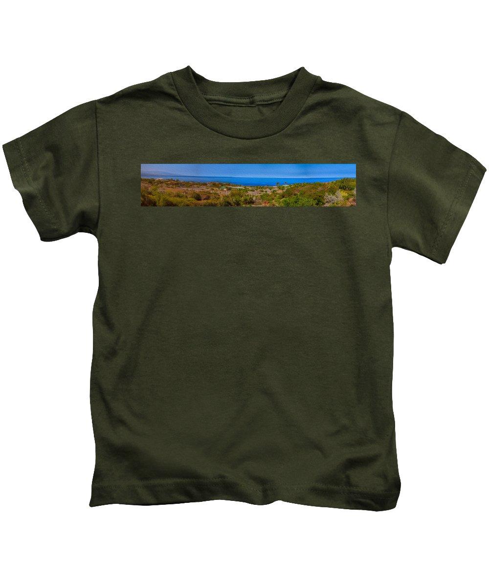Big Island Kids T-Shirt featuring the photograph Kohala Coast Panorama by Omaste Witkowski