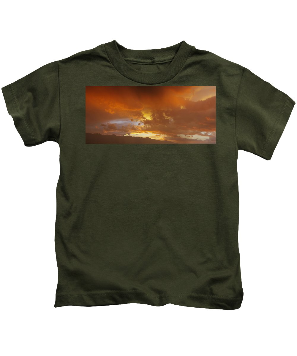 Colorado Photographs Kids T-Shirt featuring the photograph Misty Sunset by Gary Benson
