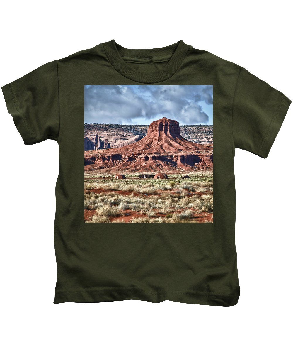 Monument Valley Utah Kids T-Shirt featuring the photograph Monument Valley Ut 7 by Ron White