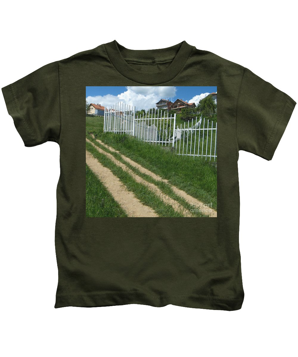 Postcard Sky Kids T-Shirt featuring the photograph Moving Up by CR Leyland