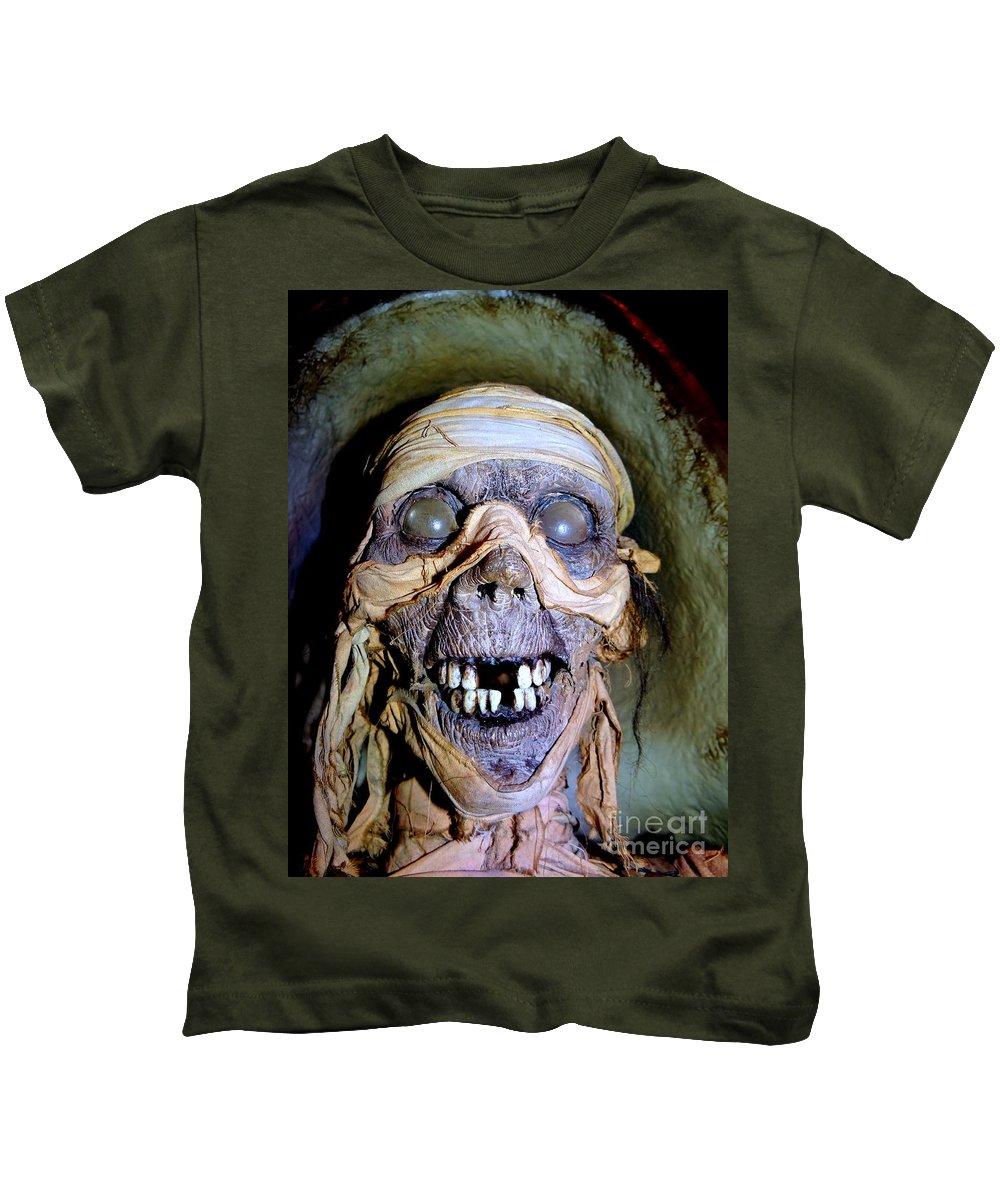 Mannequins Kids T-Shirt featuring the photograph Mummified Mike by Ed Weidman