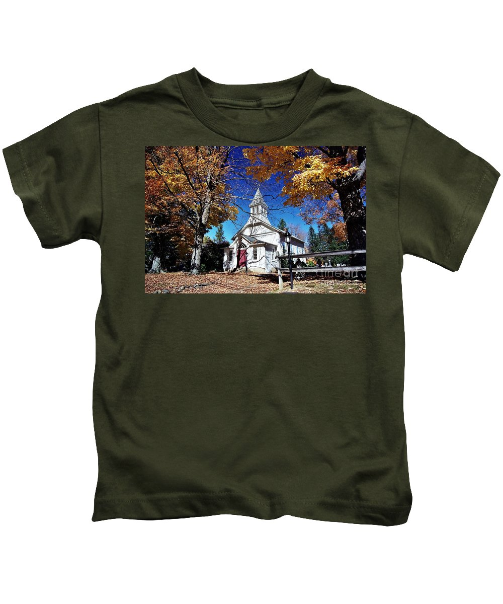 New England Scenes Kids T-Shirt featuring the photograph New England In New Jersey by Allen Beatty