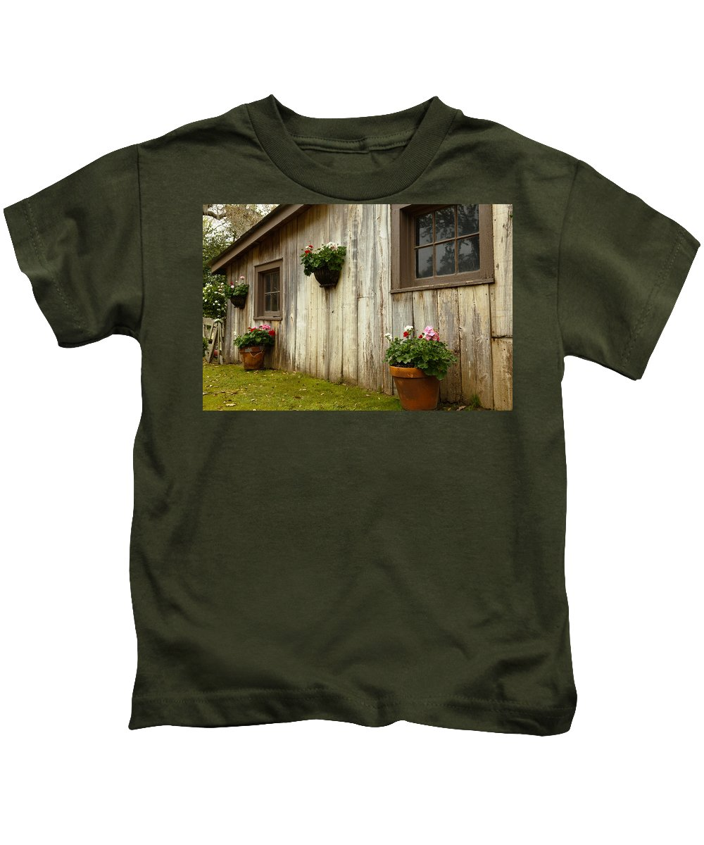Barn Kids T-Shirt featuring the photograph Old Barn Side by Susie Hoffpauir
