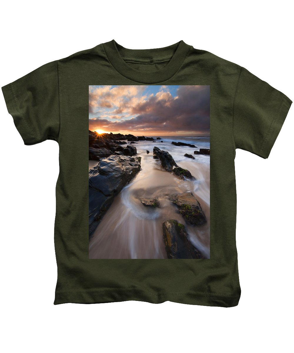 Basham Beach Kids T-Shirt featuring the photograph On The Rocks by Mike Dawson