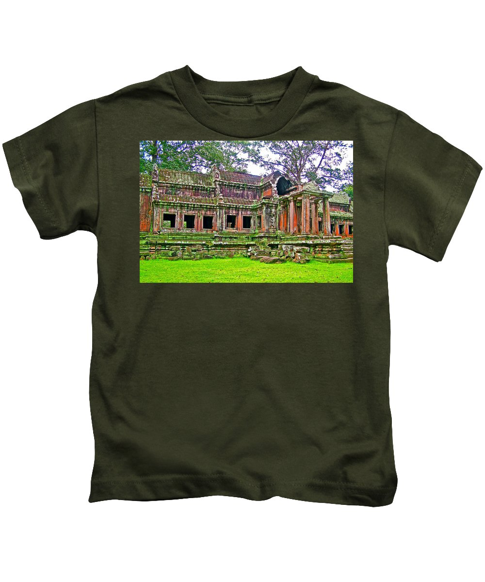 Outer Building Of Angkor Wat In Angkor Wat Archeological Park Near Siem Reap Kids T-Shirt featuring the photograph Outer Building Of Angkor Wat In Angkor Wat Archeological Park Near Siem Reap-cambodia by Ruth Hager
