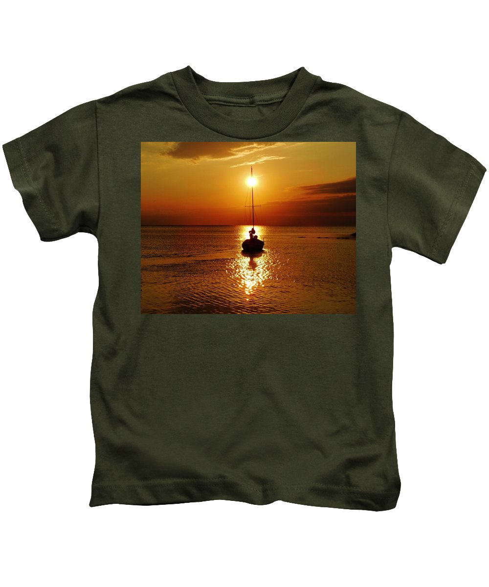 Mark Lemmon Cape Hatteras Nc The Outer Banks Photographer Subjects From Sunrise Kids T-Shirt featuring the photograph Pamlico Sound Sunset 2 7/26 by Mark Lemmon