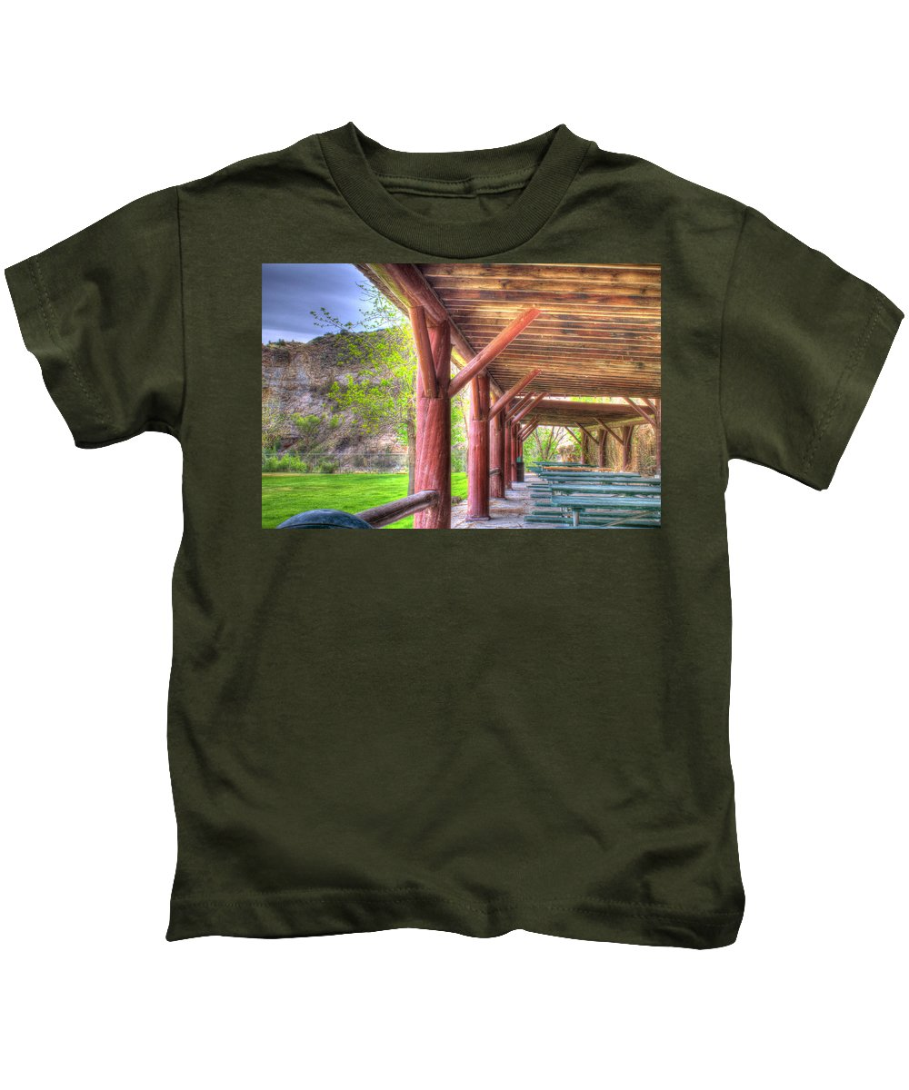 Picnic Kids T-Shirt featuring the photograph Picnic Time by John Lee