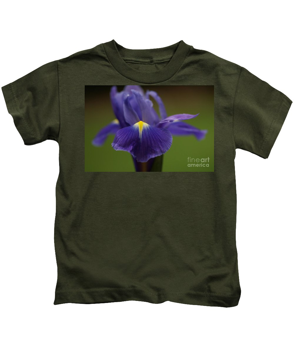 Purple Kids T-Shirt featuring the photograph Purple Iris 6 by Carol Lynch