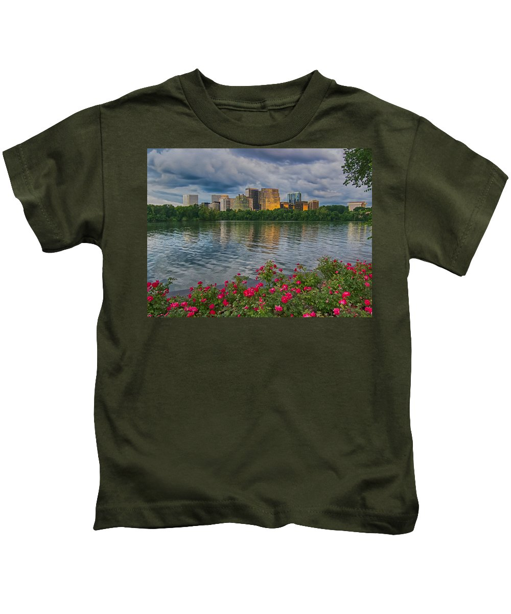 Potomac River Sunset Kids T-Shirt featuring the photograph Rosslyn Virginia Sunset From Across The Potomac River by Martin Belan