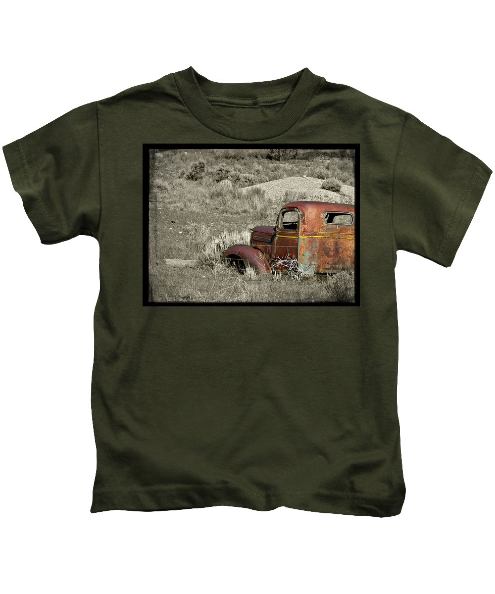 Utah Kids T-Shirt featuring the photograph Rusty Truck by Katie Wing Vigil