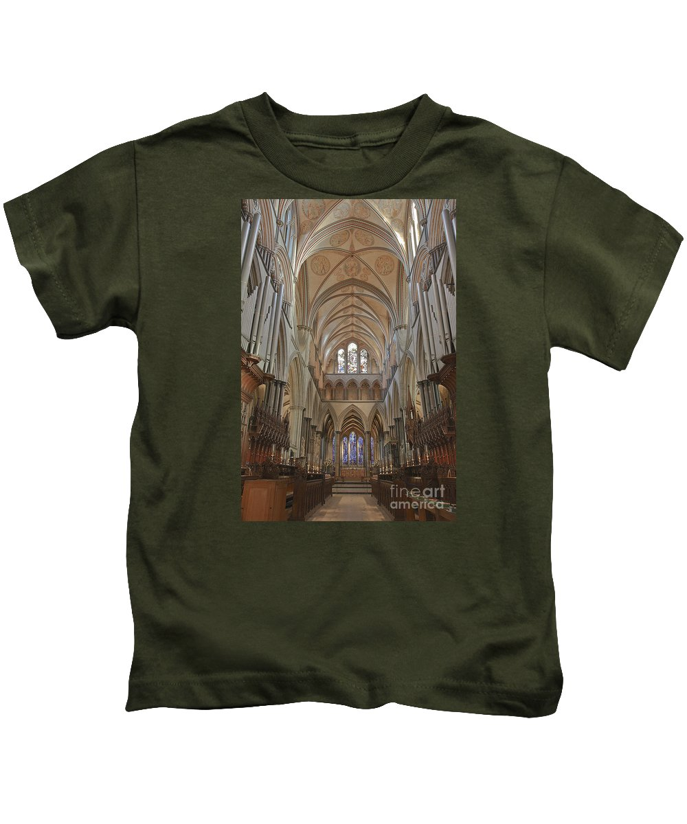 Salisbury Cathedral Kids T-Shirt featuring the photograph Salisbury Cathedral Quire And High Altar by Terri Waters