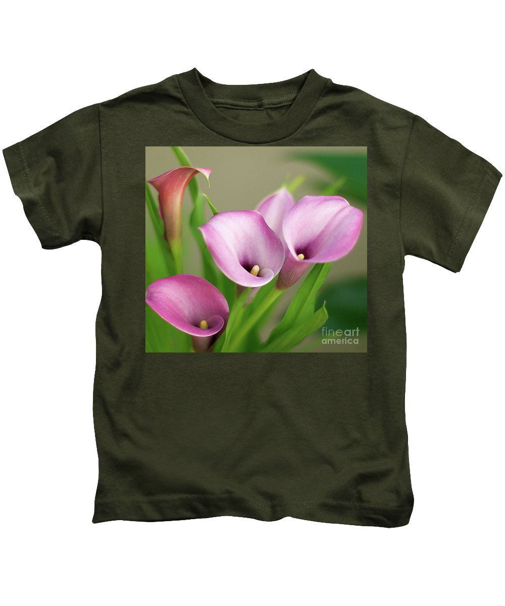 Calla Lily Kids T-Shirt featuring the photograph Soft Pink Calla Lilies by Byron Varvarigos