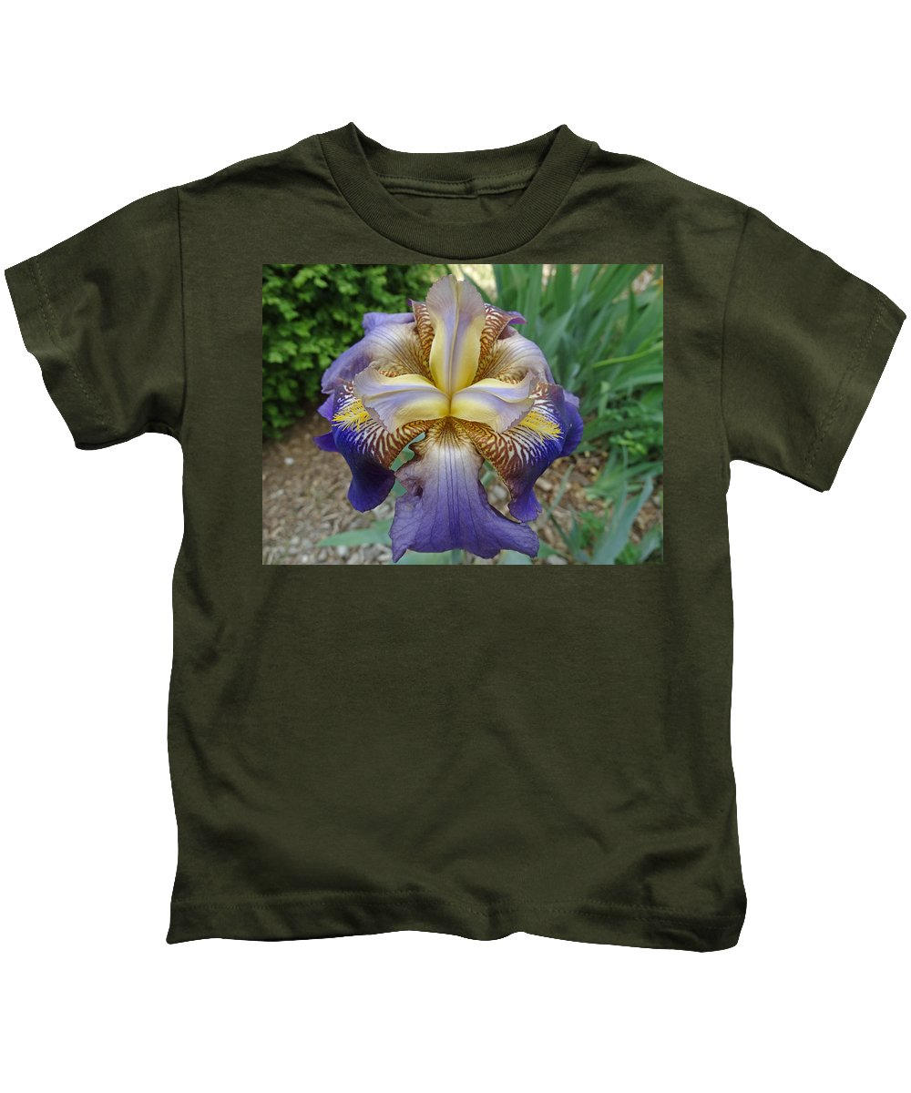 Blooming Flowers Kids T-Shirt featuring the photograph Spring Iris by Greg Boutz