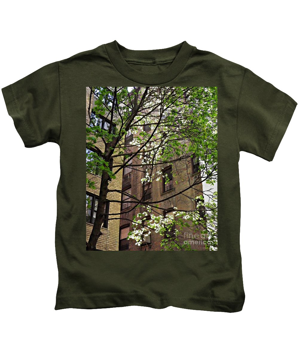 Building Kids T-Shirt featuring the photograph Springtime In Washington Heights 2 by Sarah Loft