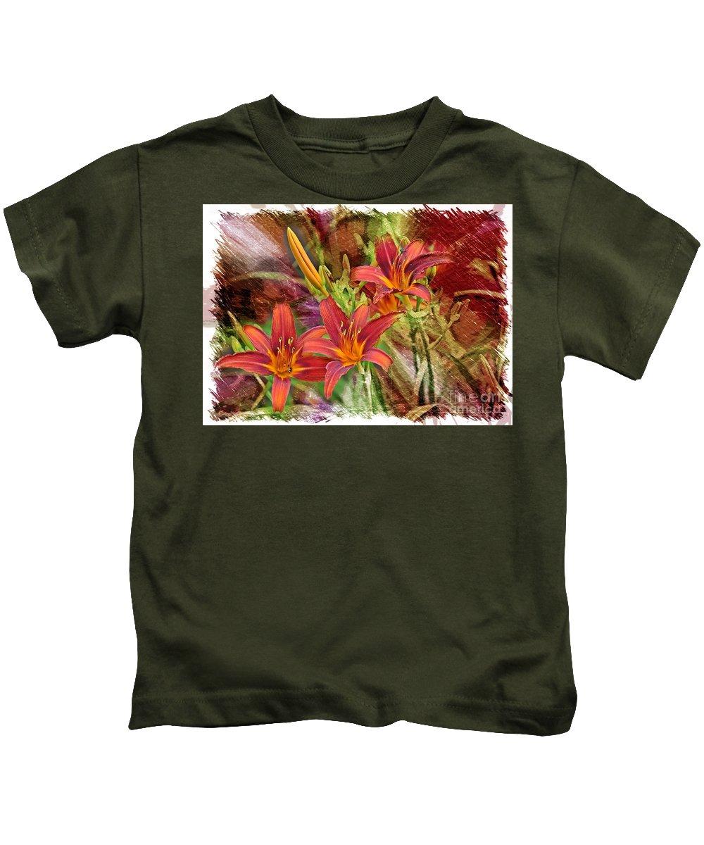 Daylily Kids T-Shirt featuring the photograph Striking Daylilies - Digital Art by Carol Groenen