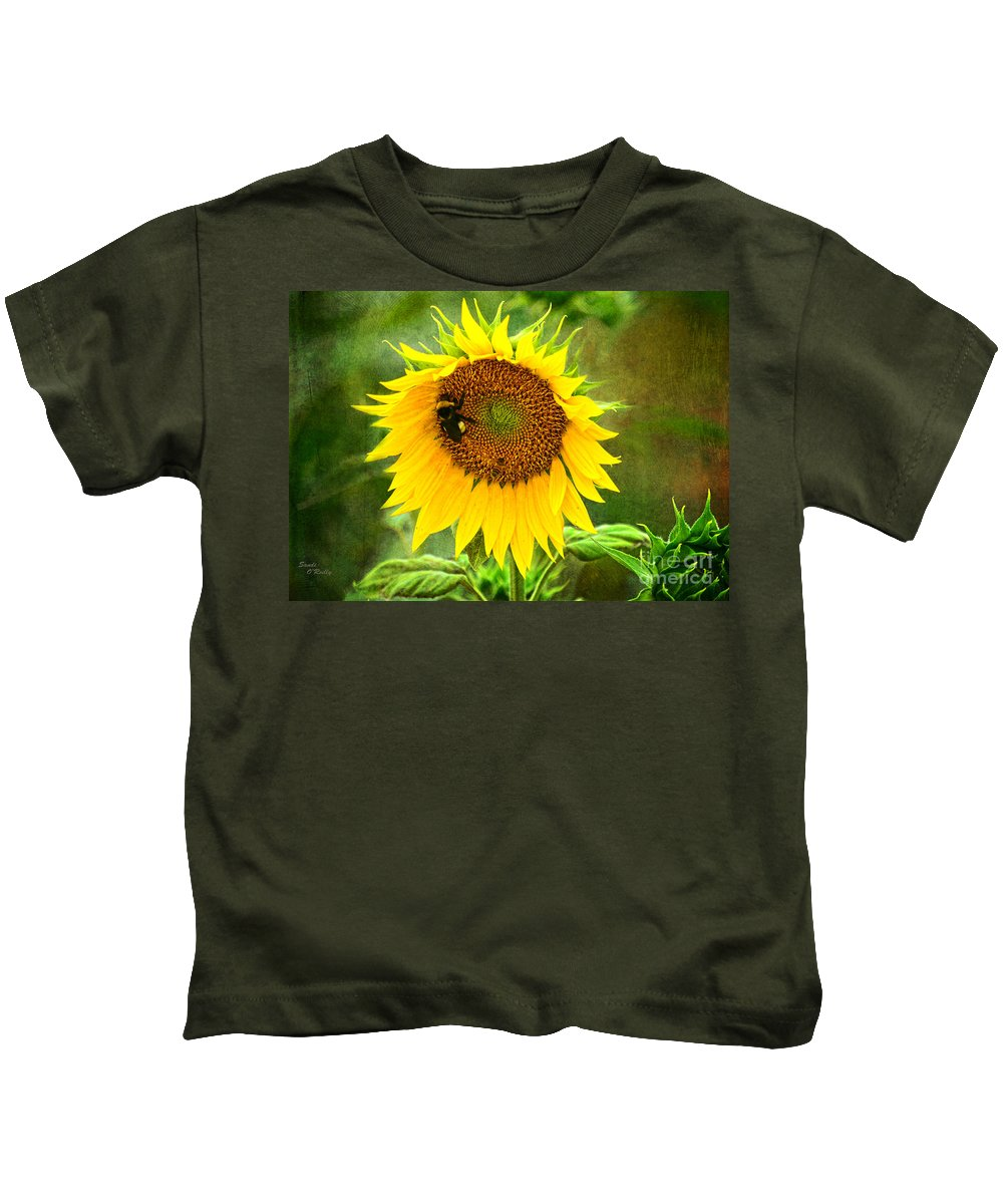 Sunflowers Kids T-Shirt featuring the photograph Sunflower And Visitors by Sandi OReilly
