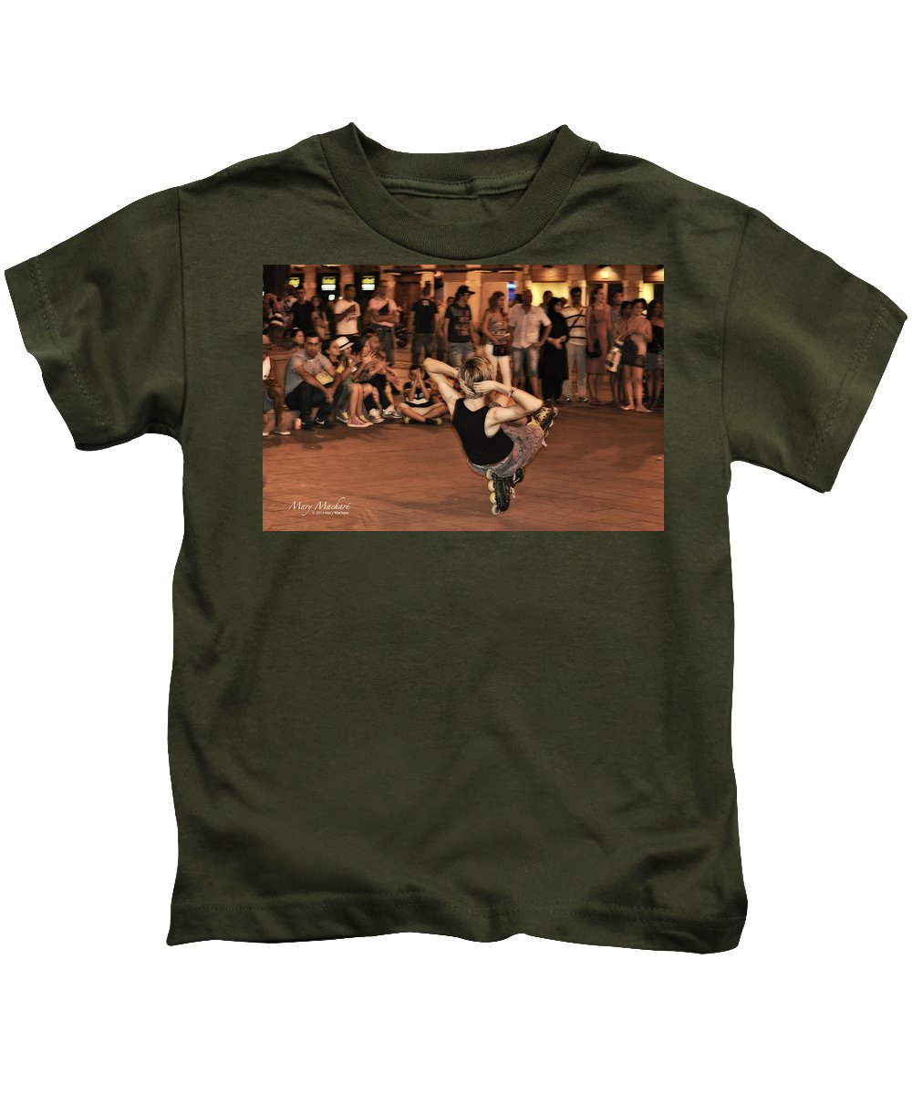 The Plaza Kids T-Shirt featuring the photograph The Plaza At Night - Madrid by Mary Machare