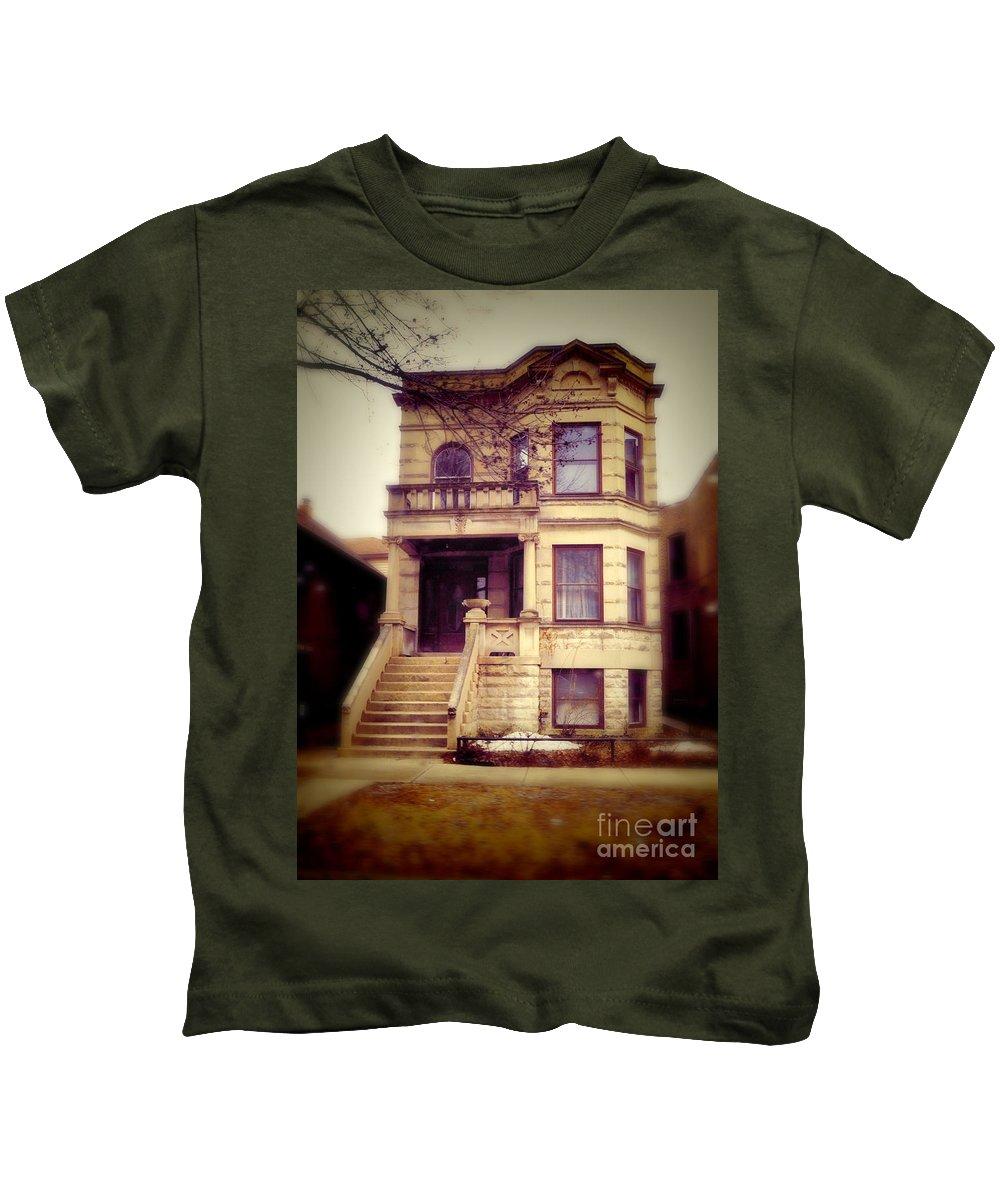 Two Flat Kids T-Shirt featuring the photograph Two Flat by Jill Battaglia