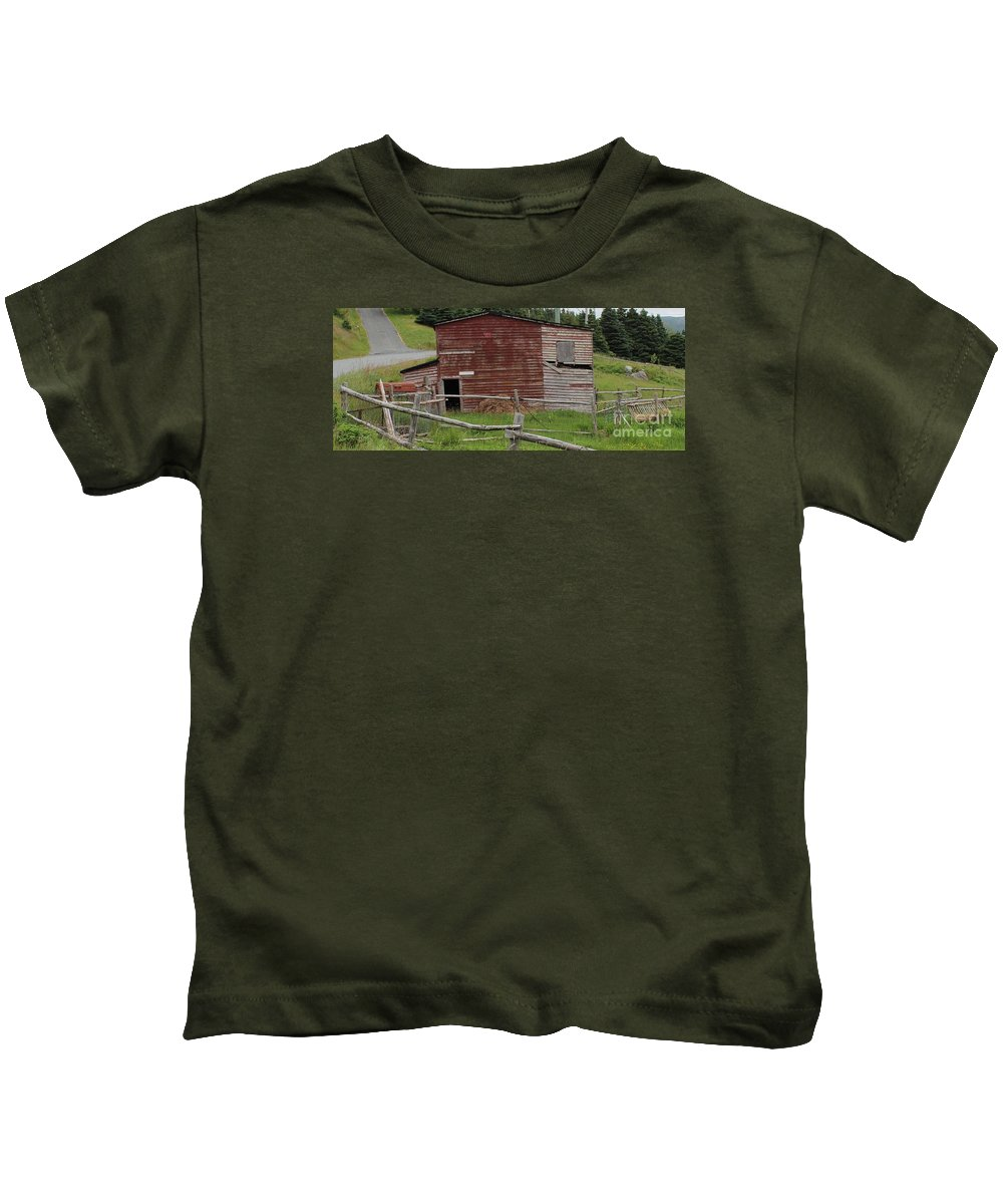 Unstable Lodgings Kids T-Shirt featuring the photograph Unstable Lodgings by Barbara Griffin