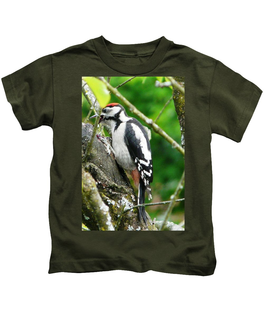 Bird Kids T-Shirt featuring the photograph Woodpecker Swallowing A Cherry by Valerie Ornstein
