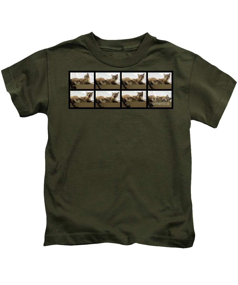 Cat Kids T-Shirt featuring the photograph Yawn by Peggy Hughes