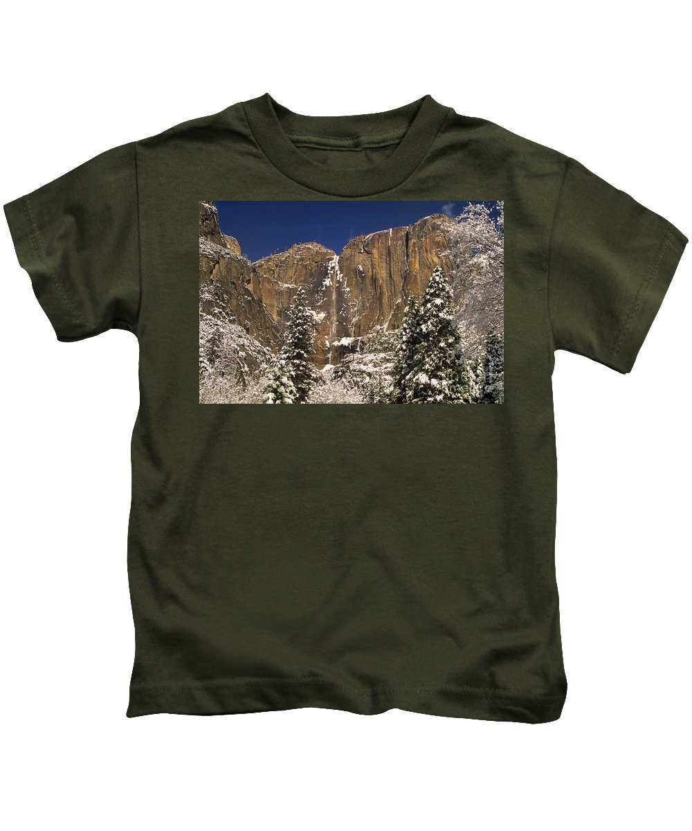North America Kids T-Shirt featuring the photograph Yosemite Falls And Lost Arrow Yosemite National Park by Dave Welling