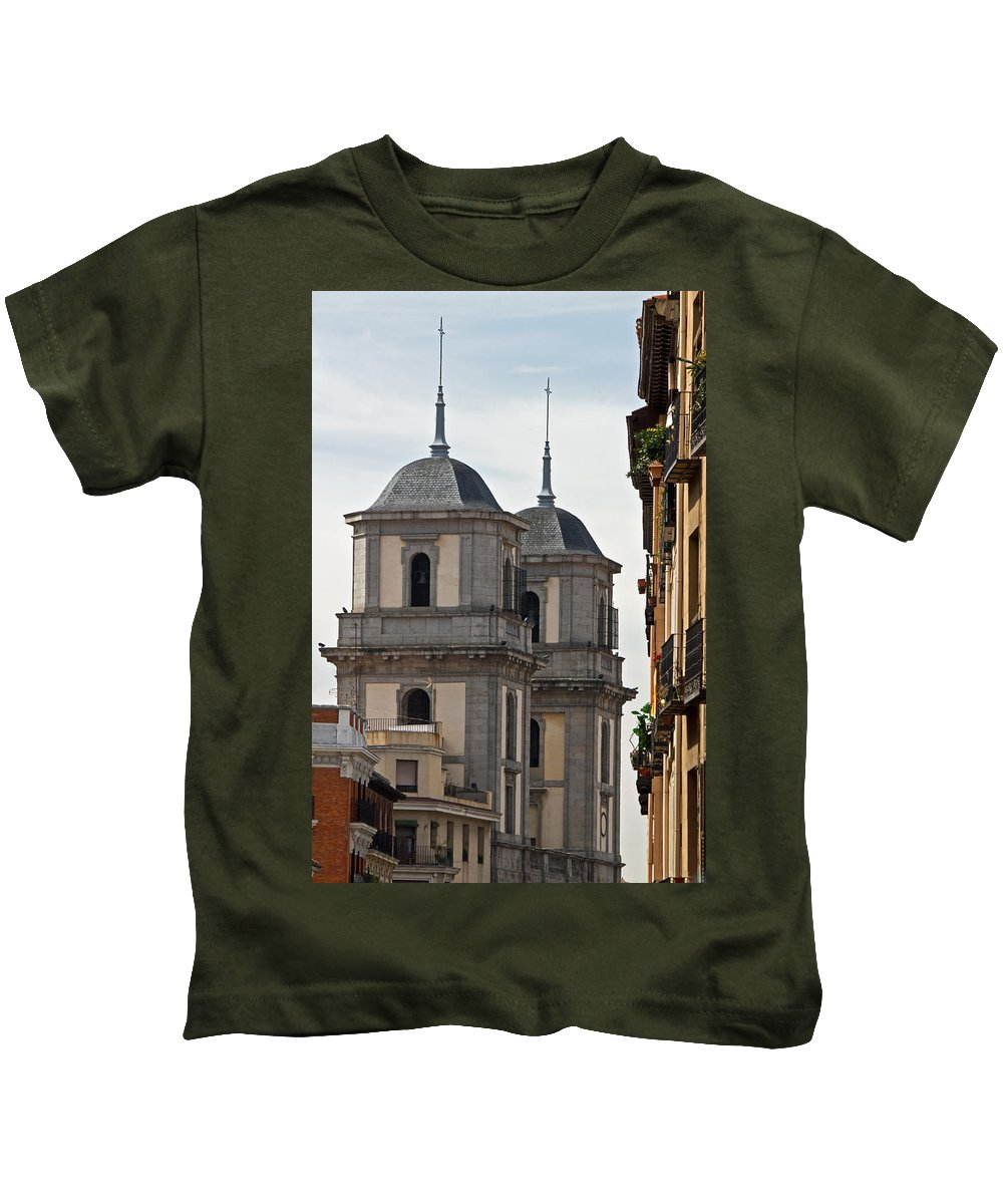 Madrid Kids T-Shirt featuring the photograph Colegiata De San Isidro by David Pringle