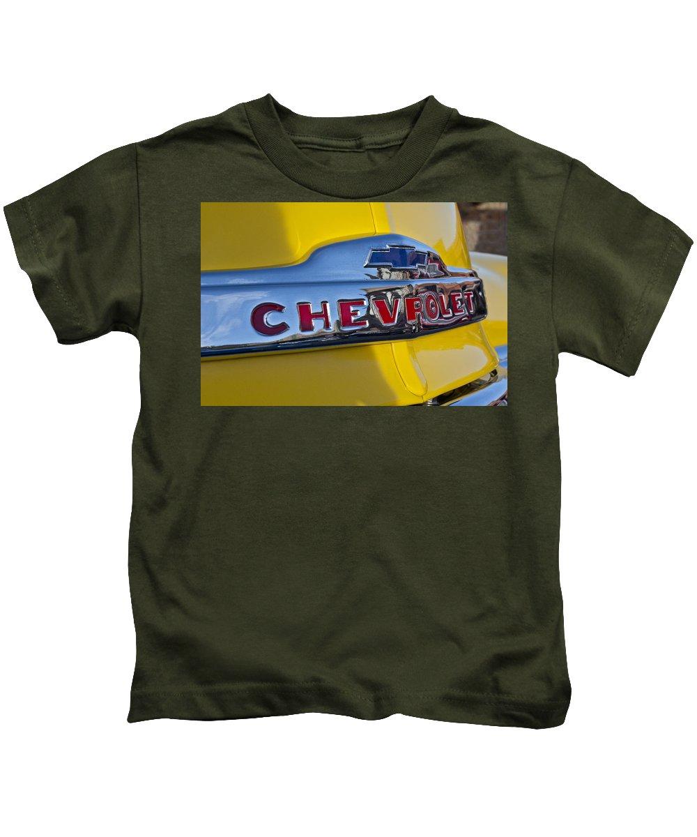 1952 Chevrolet Kids T-Shirt featuring the photograph 1952 Chevrolet Hood Emblem by Jill Reger